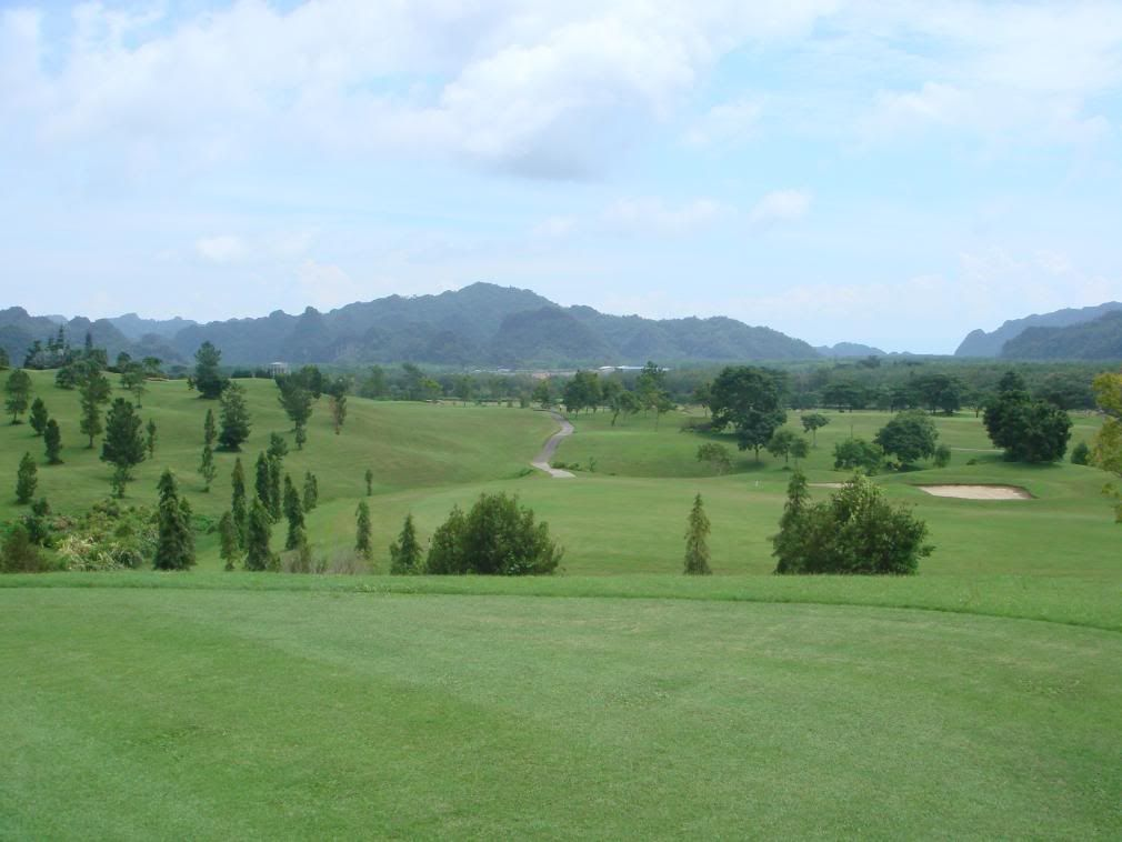 Gunung Raya Resort