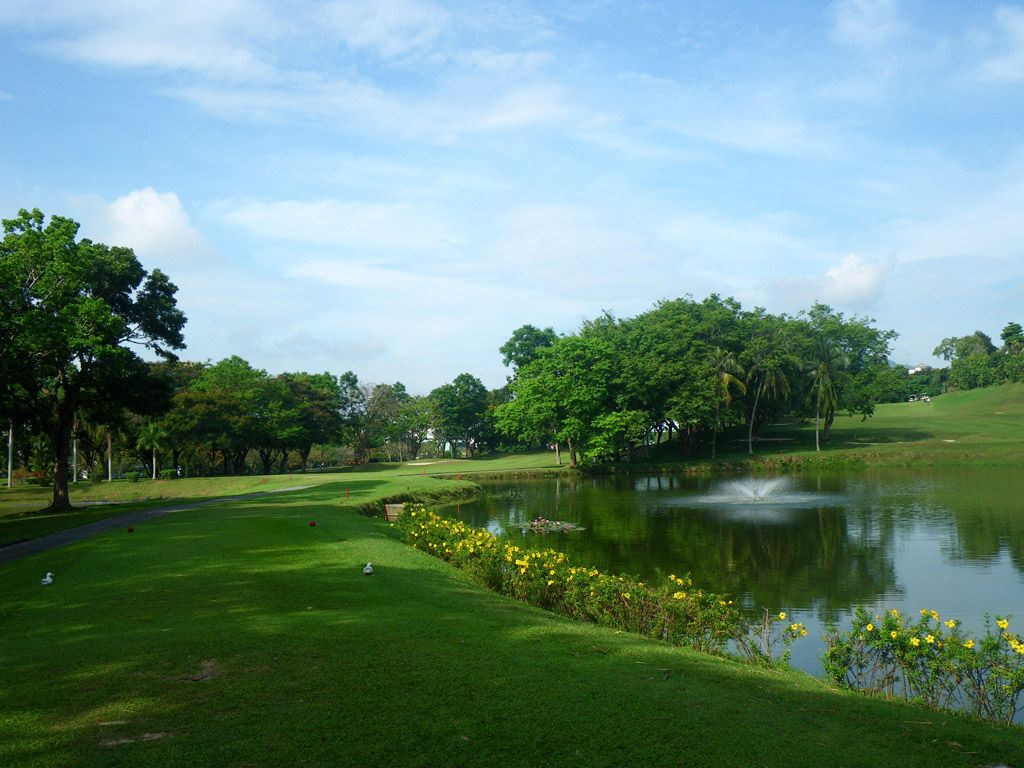 Bukit Jambul Country Club