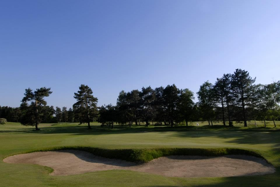 Golf De Chantilly Vineil Course