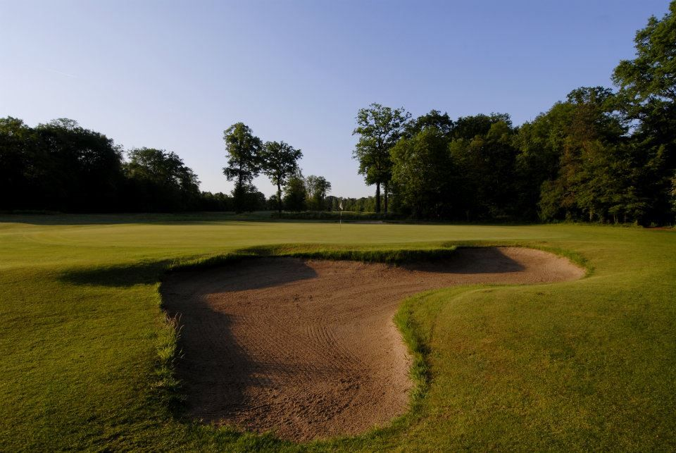 Golf De Chantilly Longeres Course