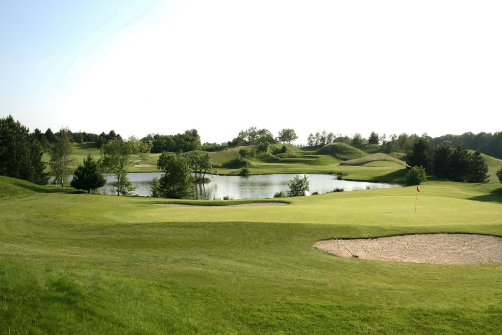 Golf de la Tournette (American course)