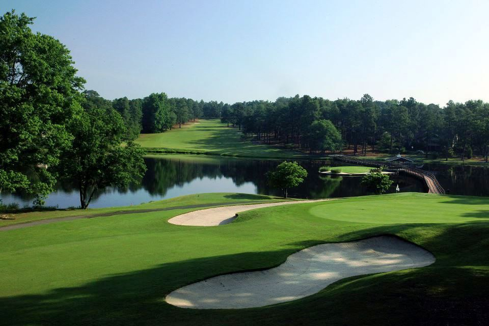 Seven Lakes Country Club