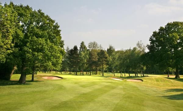 Woodland Golf Course - 9 Holes