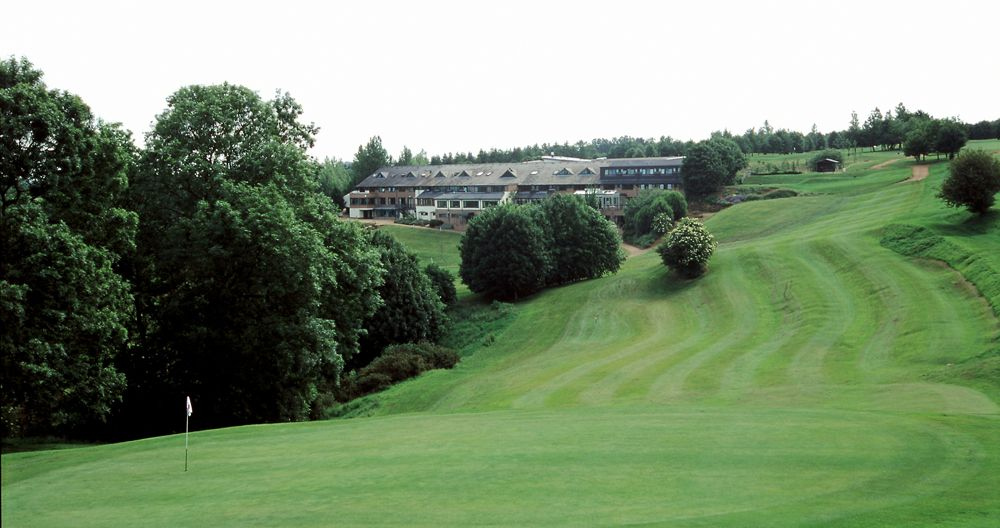 Hellidon Lakes Golf Club