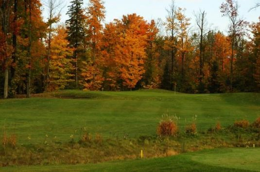 Madawaska Golf Course - Twisted Pines