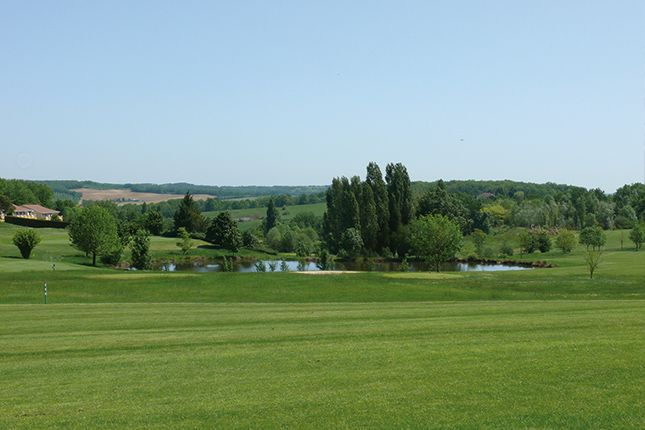 Villeneuve-sur-Lot Golf & Country Club - 18 T