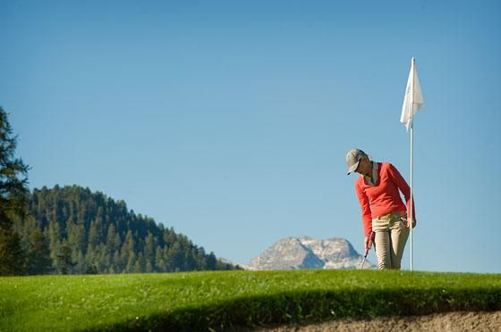 Engadine Golf Club - 3 Samedan 9-Loch ab Tee 10