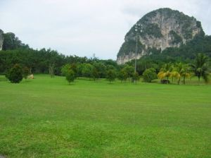 Perangsang Golf & Country Club