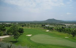 Narai Hills Golf Resort - Green Fee - Tee Times