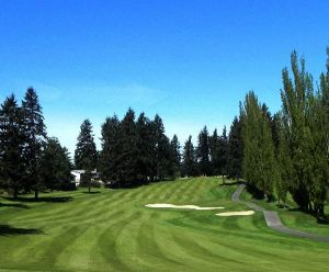Twin Lakes Golf & Country Club - Green Fee - Tee Times